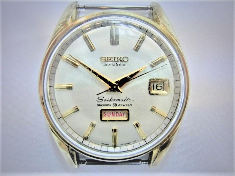 古いアンティーク腕時計(壊れた時計も可能)